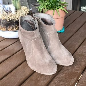 Aldo taupe suede booties size 7